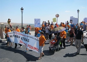 200 personas se manifiestan por la sanidad, la Ley de Dependencia y el trabajo digno