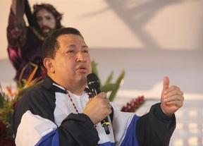 Un Chávez más calmado rompe su silencio: reconoce que irá reduciendo su actividad presidencial