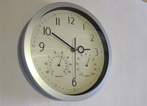 Los relojes se atrasarán una hora la madrugada del domingo