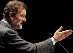 Rajoy da un respiro a 'sus' autonomías aplazando a 10 años la devolución al Estado