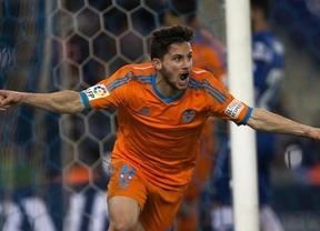 El Valencia asalta Cornellà y recupera su puesto 'Champions'