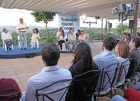 González Pons defiende en Toledo el 'estilo Cospedal'
