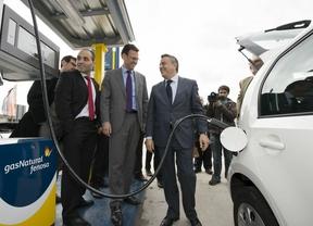 Gas Natural Fenosa inugura la primera estación de España de gas natural licuado para camiones