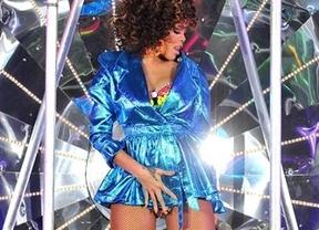 Despiden a la jefa de una revista por llamar a Rihanna