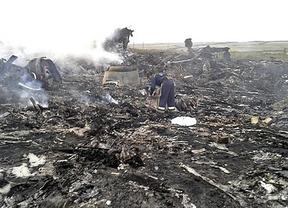 El avión que se estrelló en Ucrania fue derribado por un misil