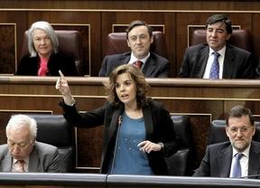Soraya exige explicaciones al PSOE por su 'no' en la votación de la Ley de Estabilidad