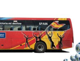 Talleres y Grúas Ávila y Diariocrítico Castilla y León te traen el autobús de 'La Roja'