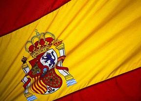 Un vecino paga para instalar la bandera de España a la entrada de Maqueda y el ministro acudirá a su izado