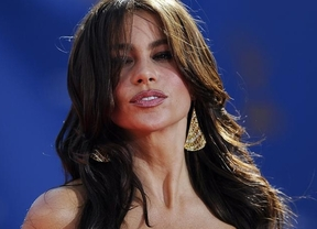Sofía Vergara da un disgusto a miles de hombres comprometiéndose con Nick Loeb