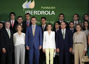 Los Reyes entregan las becas de la Fundación Iberdrola