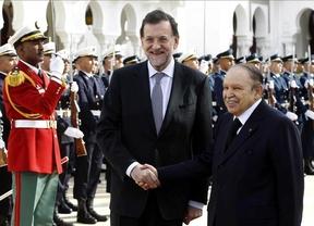 Rajoy lleva la 'marca España' hasta Argelia y anuncia la preparación de una cumbre empresarial hispano-argelina