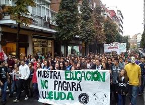 La Junta dice que un 15,4% de los docentes hicieron huelga y los sindicatos hablan del 50%