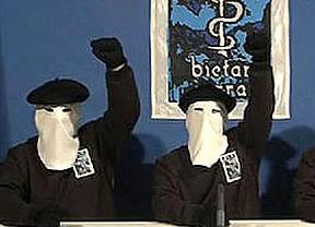 ETA: apoyo mutuo y ni un reproche entre Rubalcaba y Rajoy