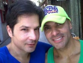 Se casa la primera pareja gay de venezolanos