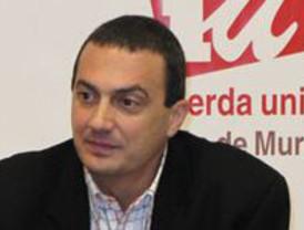 IU-Verdes exige a Valcárcel que pida perdón a la izquierda y