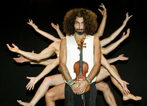 Ara Malikian triunfa a tope con su nuevo espectáculo 'caprichoso' en el que mezcla música y danza