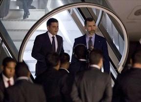 El Príncipe llega a Venezuela para asistir al funeral de Chávez