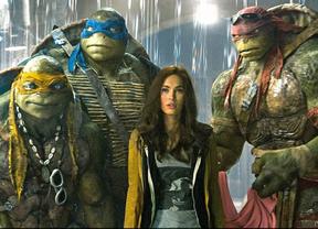 'Las Tortugas Ninja' machacan a 'Los Mercenarios' en taquilla
