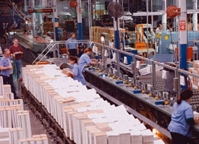 Los brotes siguen siendo negros: el Índice de Producción Industrial cae un 4,6% en junio