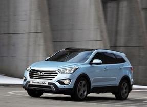 Hyundai lanza en España el nuevo Grand Santa Fe, que reemplaza al ix55