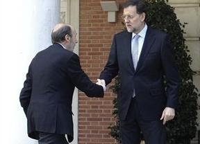 Rajoy y Rubalcaba escenificarán su 'unión europea' con foto en Moncloa