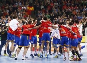 Cospedal felicita a la selección española de balonmano en la que hay dos castellano-manchegos