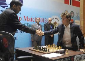Carlsen, el madridista nuevo campeón mundial de ajedrez, no quiere que le comparen con Messi