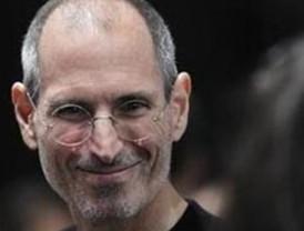 Steve Jobs toma licencia por enfermedad en Apple