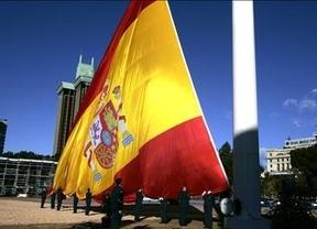 A España se le cae hasta la bandera
