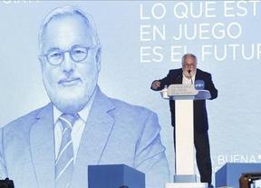 La Izquierda Plural y Podemos obliga al PSOE a 'retratarse' sobre el apoyo a Cañete en la Eurocámara
