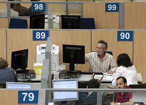 Casi 80.000 castellano-manchegos dejarán de tributar desde el 1 de enero por la reforma fiscal