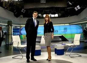 Jabón, del suave, para Rajoy en la prensa 'amiga', mientras que otros sacuden al presidente y a la entrevistadora por el 'show' nocturno de anoche