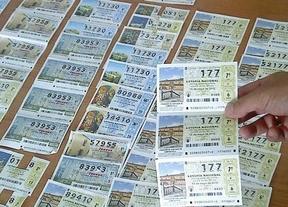 Encuentra 400 décimos de lotería valorados en 8.000 euros y... los devuelve