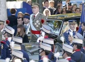 La crisis pasa factura a la Fiesta Nacional: los Reyes presidirán un desfile sin tanques, sin cazas y... ¿sin abucheos?
