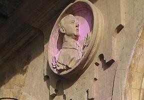 Franco se 'viste' de rosa