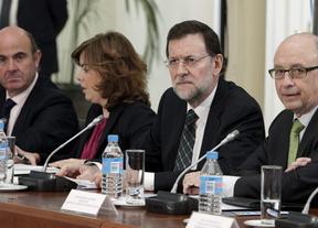Rajoy, solo ante el peligro y el acoso de los mercados