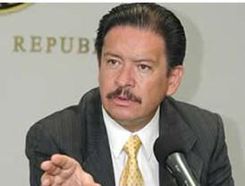 Touriño lamentó que se pongan trabas para el voto de los españoles residentes en el exterior