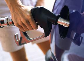 La gasolina alcanza su máximo precio desde hace un año aprovechando el inicio de las vacaciones