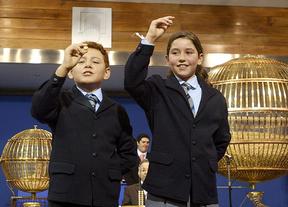 Sorteo del Gordo de la Lotería de Navidad: los niños de San Ildefonso practican ya desde hace un mes