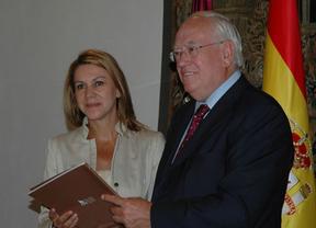 La Fundación Horizonte XXII entrega su memoria de actividad a Cospedal