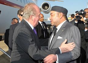Un rey esforzado: crónica del viaje de Don Juan Carlos a Marruecos (Javier Fernández Arribas, enviado especial)