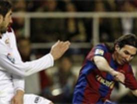 'Supermessi' y Villa conducen al Barça a una paliza ante un Sevilla resignado (5-0)
