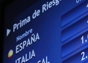 Crece el acoso de la prima de riesgo y la desconfianza hacia España: ¿qué hará el Gobierno?