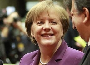 Esta es la austeridad alemana: Merkel se sube el sueldo