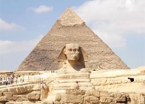 El turismo crece en Egipto en 2013, pero se desploma a partir de julio