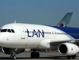 Cancelan vuelos en Argentina por huelga de azafatas