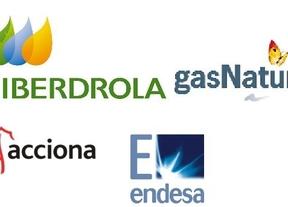 'Pelea de gallos': Acciona, Endesa, Iberdrola y Gas Natural Fenosa compiten por el mayor contrato de la luz de España