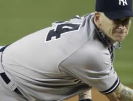Yankees gana gracias a grandes atrapadas de Granderson