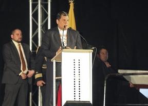Rafael Correa se da un baño de masas en Madrid