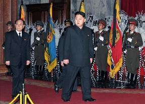 Kim Jong-un ya es jefe del Ejército norcoreano y consolida su poder sobre su pueblo